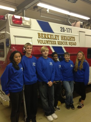 Cadets of the Berkeley Heights Volunteer Rescue Squad Host Local Food Drive, photo 1