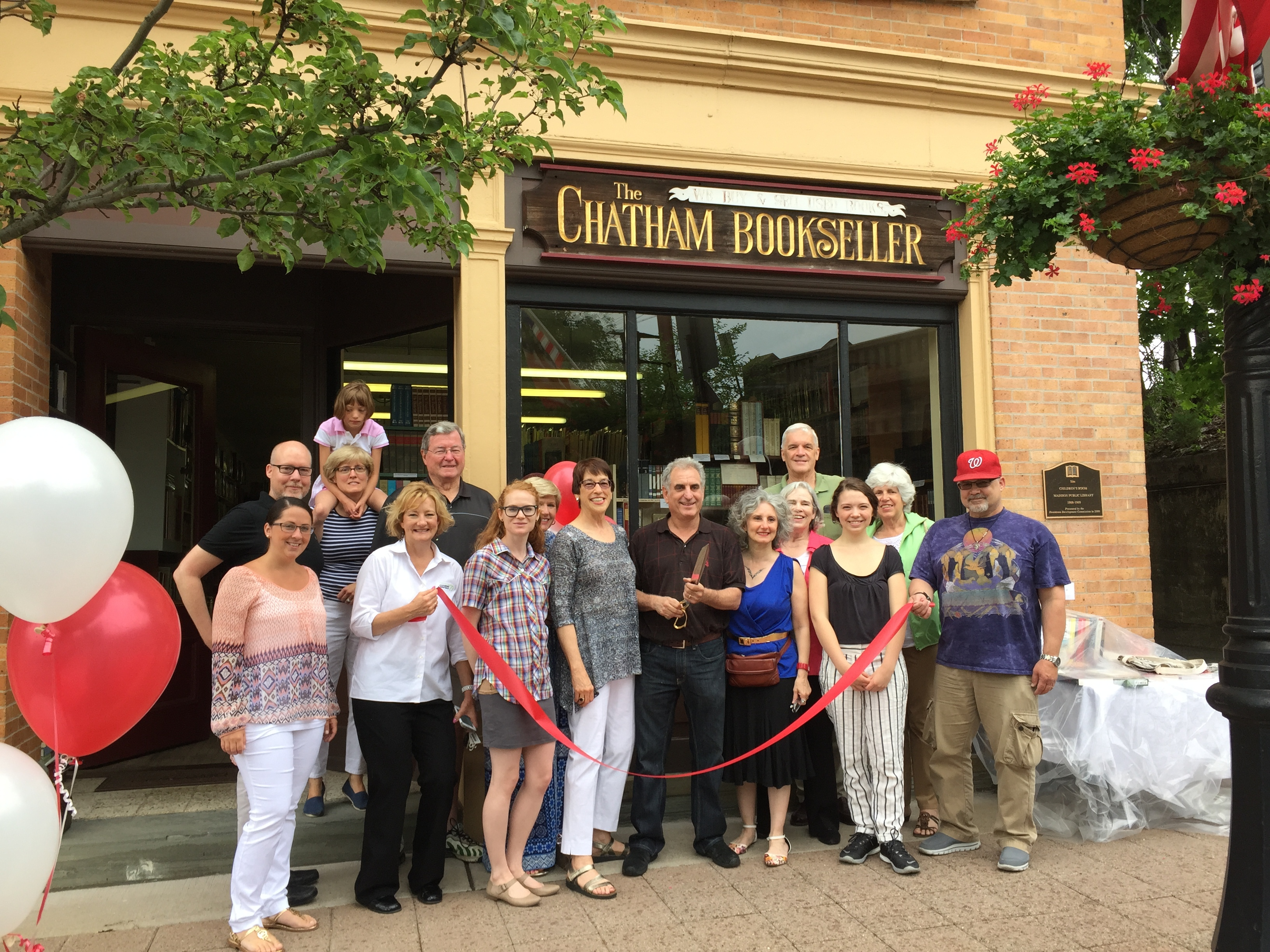 45c28510876ad3be81fe_Chatham_BookSeller_Ribbon_Cutting_June_2105.JPG