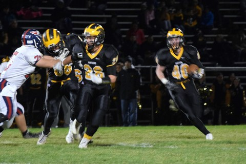 Football Cedar Grove Advances In Playoffs With 25 12 Win Over North Warren News Tapinto