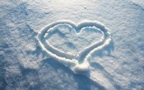 Carousel image 52596d301897fc7b49f9 7004968 love heart on snow