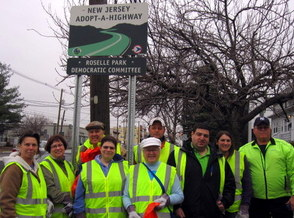 Roselle Park Democrats Clean Up Town