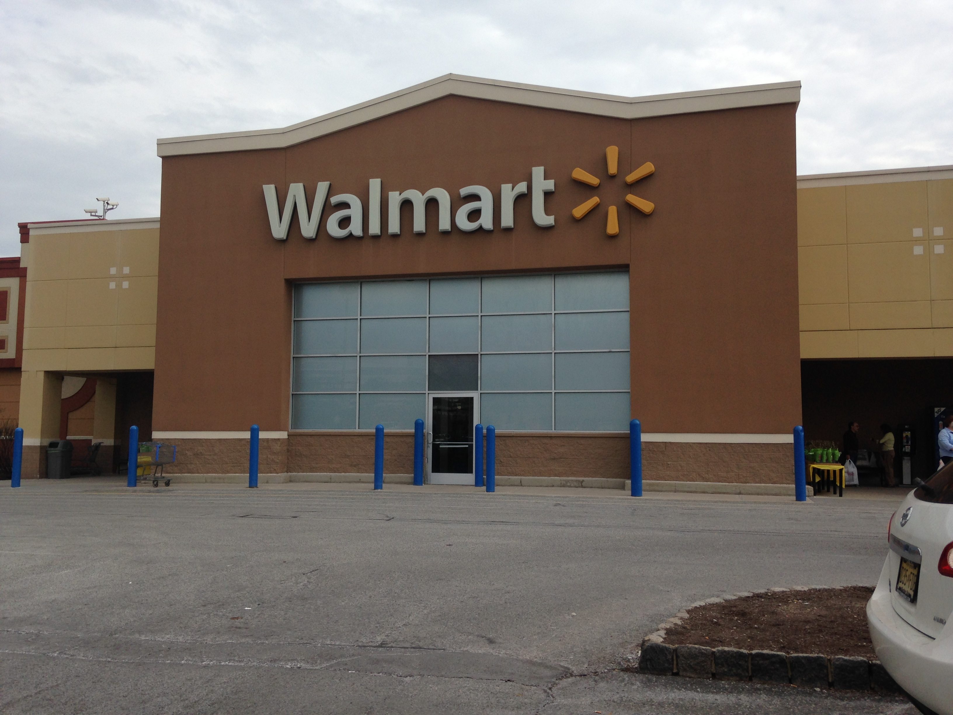 photo taken at walmart supercenter by sudhir p on 11232012. acme ...