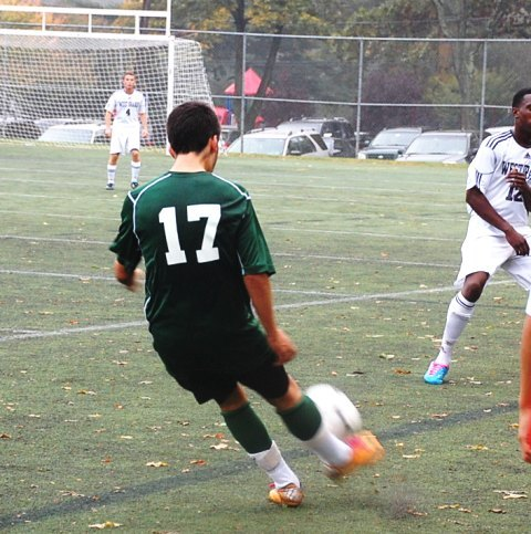 79a9c5bb999b19439a1f_livingston_boys_soccer_v_west_orange_10-13-11_023.jpg
