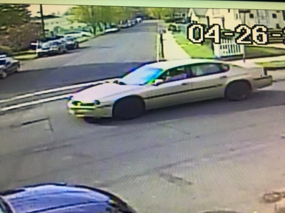 53cbfc47cba630a5f2be_Suspect_Car.jpg