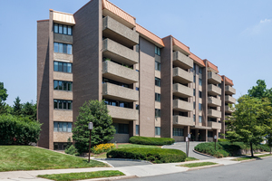 1 Euclid Ave, Apt 6-E, Summit NJ: $550,000