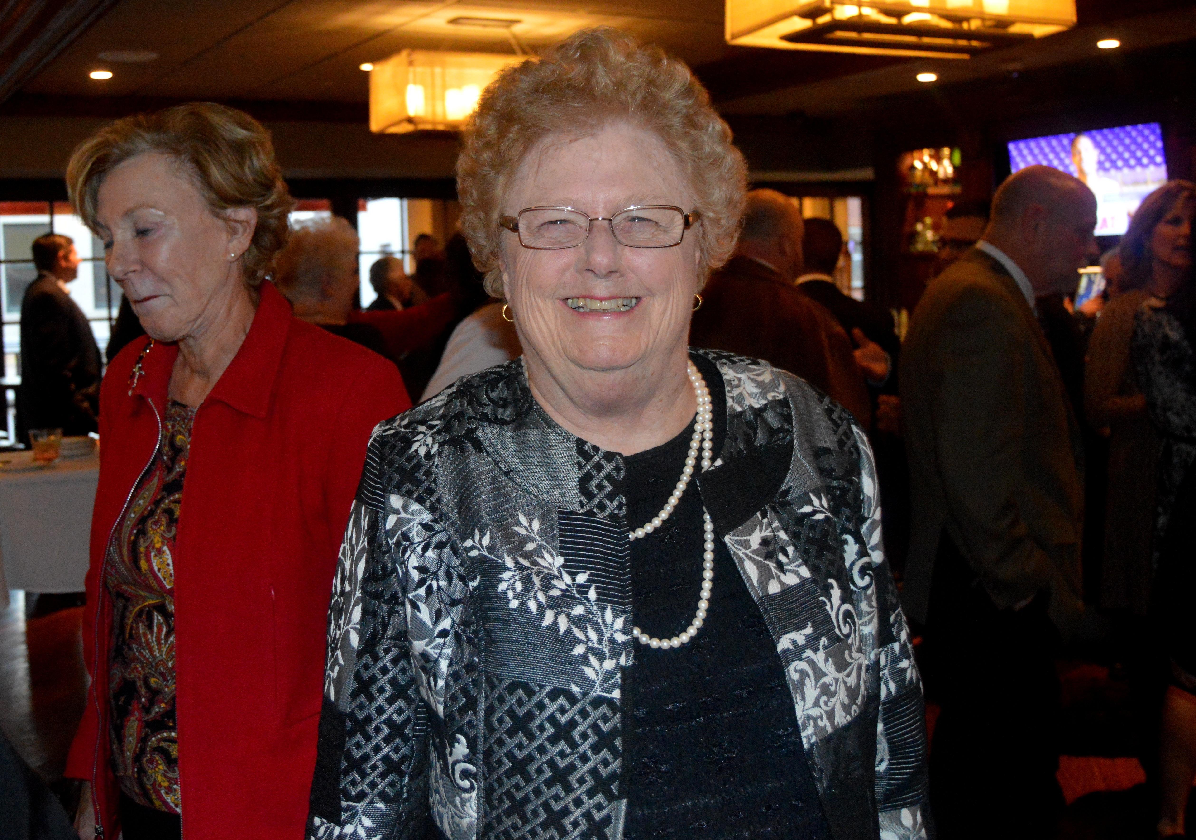 e7fabdfc6cc8f437f32d_Kathy_Mitchell__Fanwood_s_longest-serving_Council_member.JPG