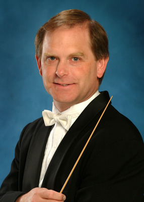 conductor Dr. Thomas Connors