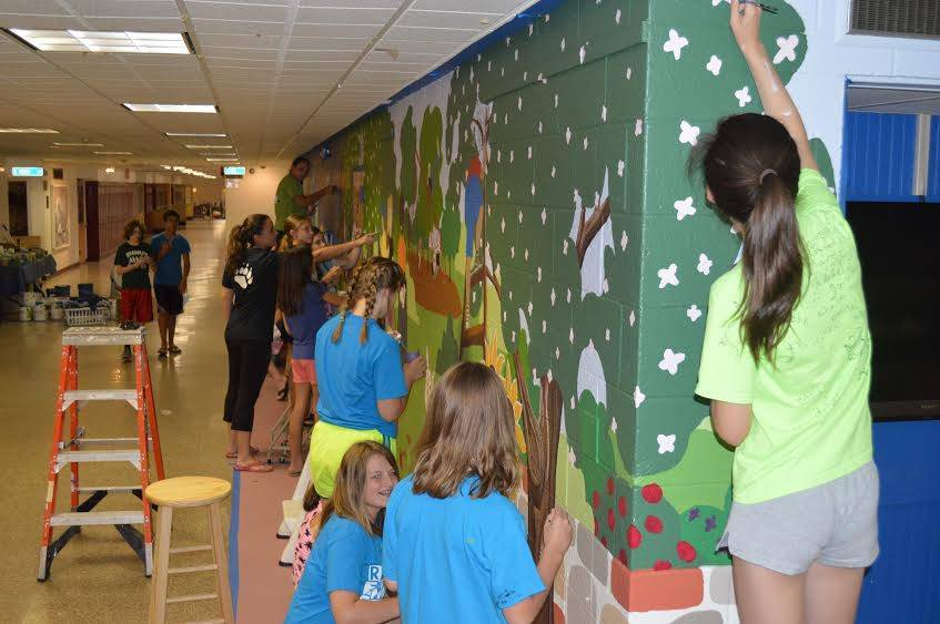 Randolph Middle School Students Beautify School With Summer Mural Project