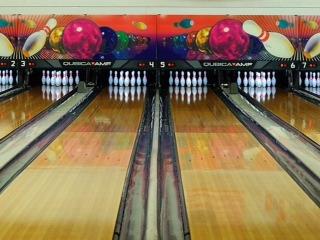 fcb0a205a717f1069582_bowling_lanes.JPG