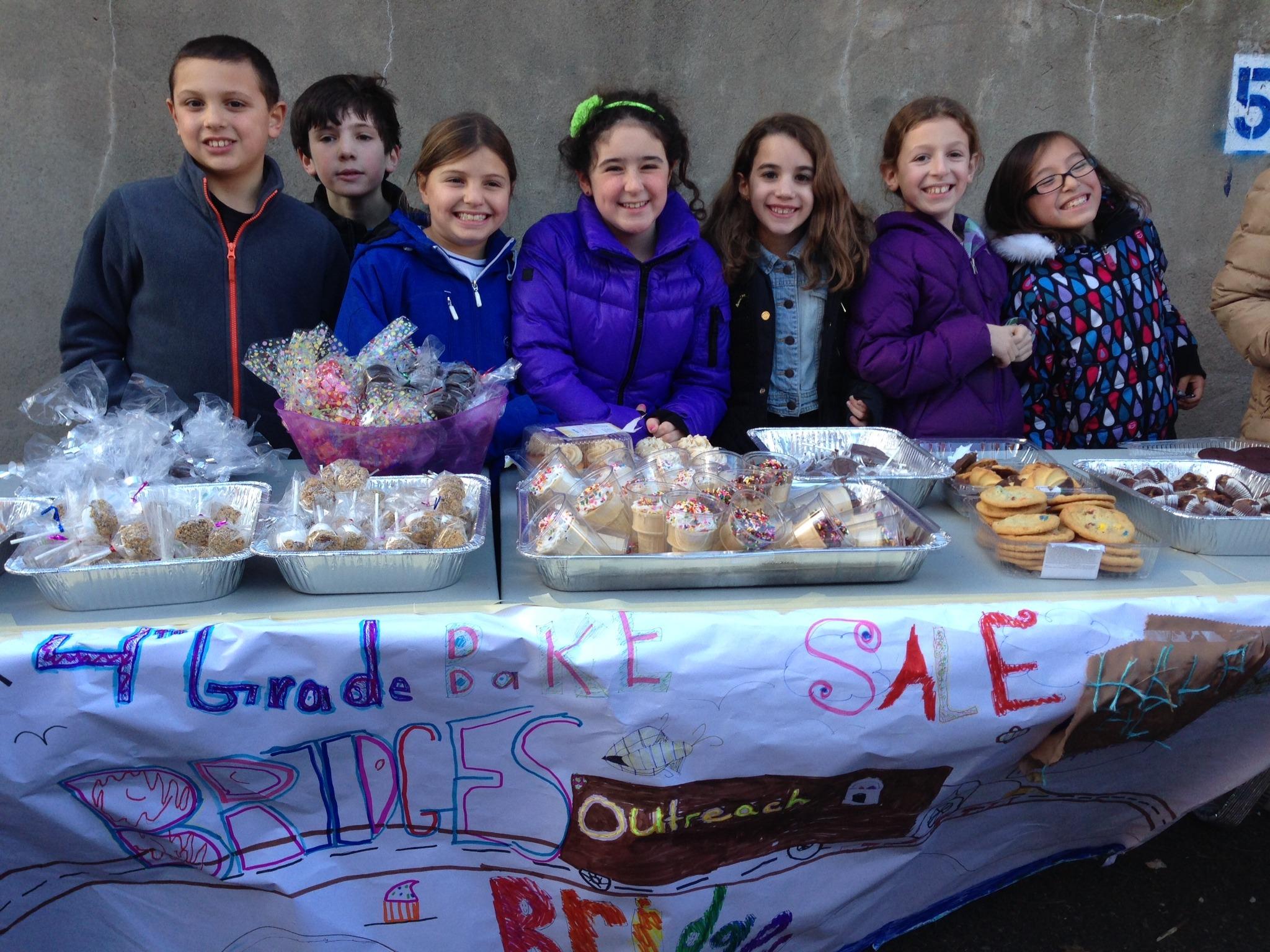 1380cbb13c7a6147571a_Wyoming_School_4th_graders_hosting_a_bake_sale__fundraiser.jpg