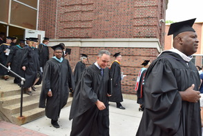 CBS News Anchor Jim Axelrod Takes Selfie During Commencement Address to 522 Montclair H.S. Graduates, photo 4