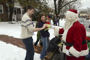 Santa Makes His Way Through Fanwood During Annual Parade Sunday, photo 5