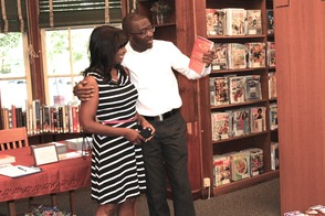 Local Author and TV Personality Put Pens to Books in Roselle, photo 10