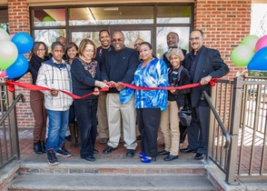 Incips Ribbon Cutting in Maplewood