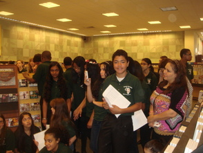 South Plainfield Education Foundation host Spring Book Fair at Barnes and Noble, photo 2