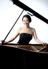 Top_story_b08c9b34523caacec8ec_pianist