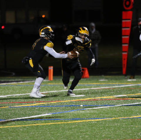 Cedar Grove 39 S Joe Mccarthy Wins Mini Max High School Football Award News Tapinto