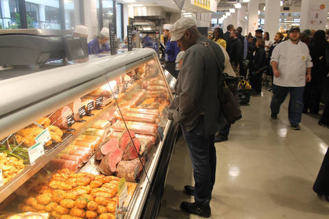 whole foods opens with a bang amid newark 39 s boom tapinto. Black Bedroom Furniture Sets. Home Design Ideas