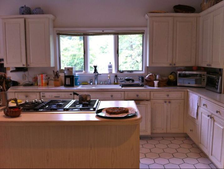 a406665ecb489efccd73_Kitchen_Before.jpg