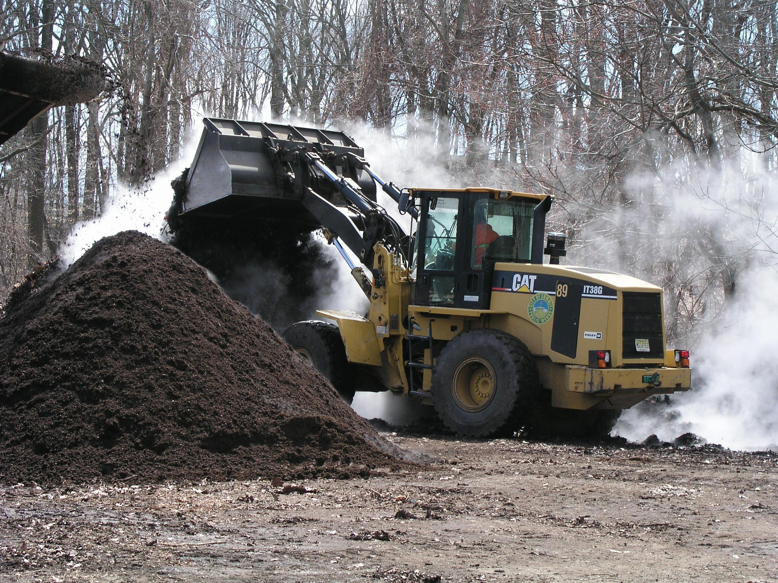 ab2f4ee6889b371e2003_composting.jpg