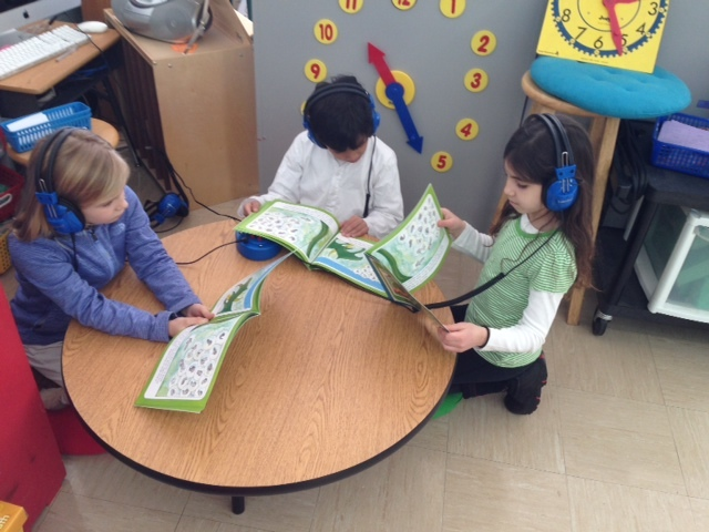 SEF Grant at Lincoln-Hubbard Helps Build 'Fluent Readers'