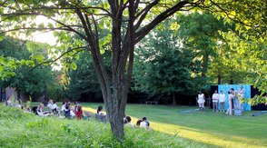 Carousel_image_42b1369a69b5149c9409_shakespeare_in_the_garden