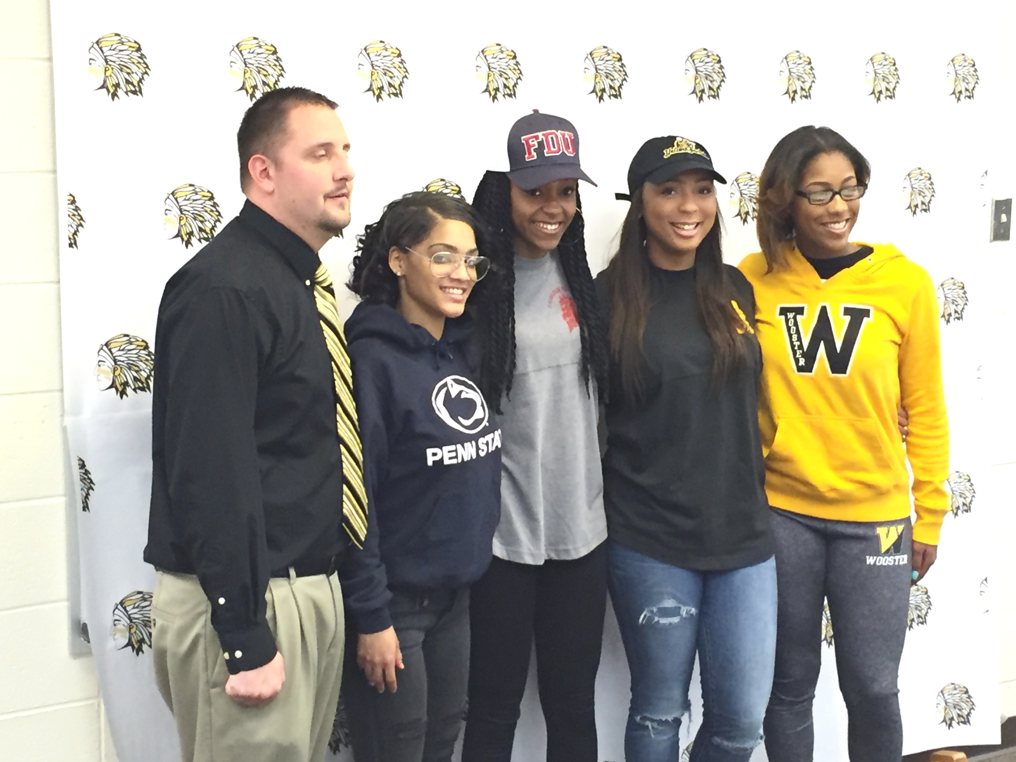 776839691154ef40e1fb_PWay_Athletes_College_Signing_Day_4-13-16_055.JPG