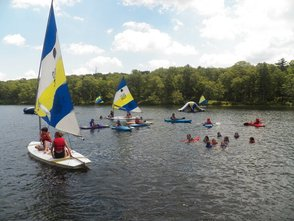 Carousel_image_d714f41076cfb6393293_life_is_good_on_lake_nichecronk__july_2011
