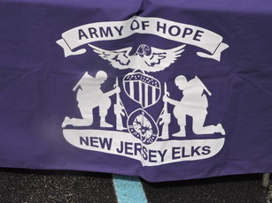 Top_story_1410f8eccc8aec234954_army_of_hope_flag