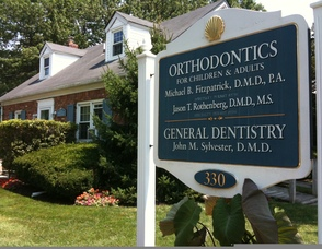 Madison Orthodontist Dr. Jason Rothenberg Specializes in the Art of the Smile Photo