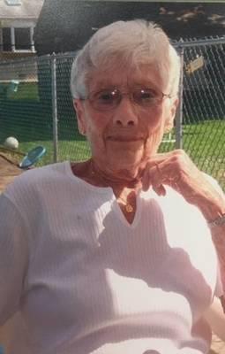 Obituary_013b12f6341b047dfda7_mrs.mclean