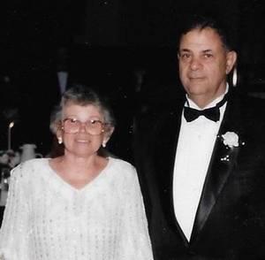 Obituary_0e07f1609cd2d30992a2_john_senopole