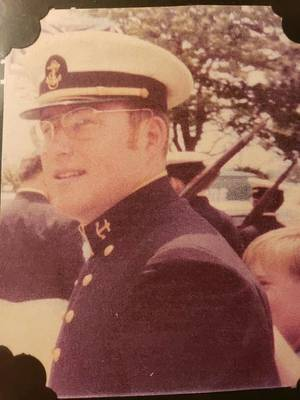Obituary_55c5d24a60facacad8c6_lew__naval_academy