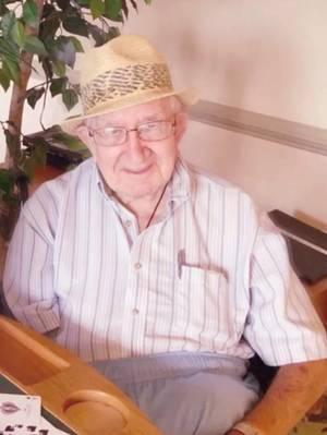 Obituary_786c7abf4eabc860f050_frank_fine_picture