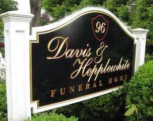 Obituary_e527cb89a7c6e0ea1f23_d630d29cd9fcfcaeca10_davis_and_hepplewhite_sign