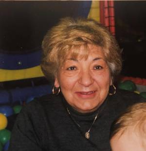 Obituary_f6ec234034d395038257_maryann_desilva_picture