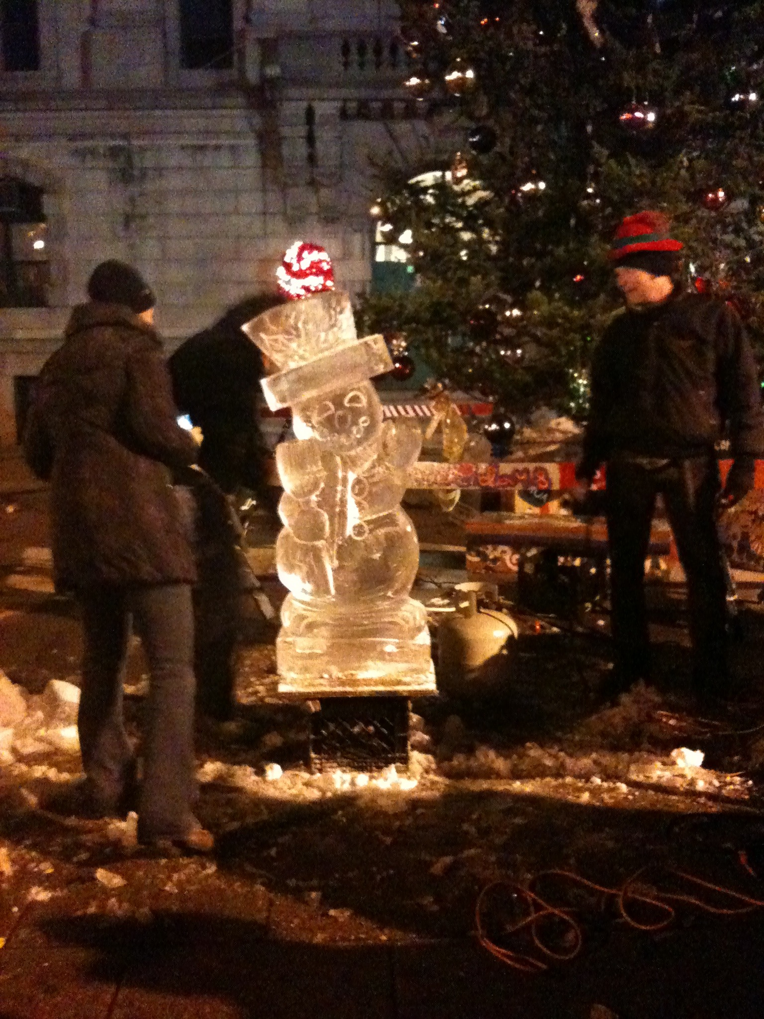 194baa1674175ad886dc_live_ice_sculpting__2_.jpg