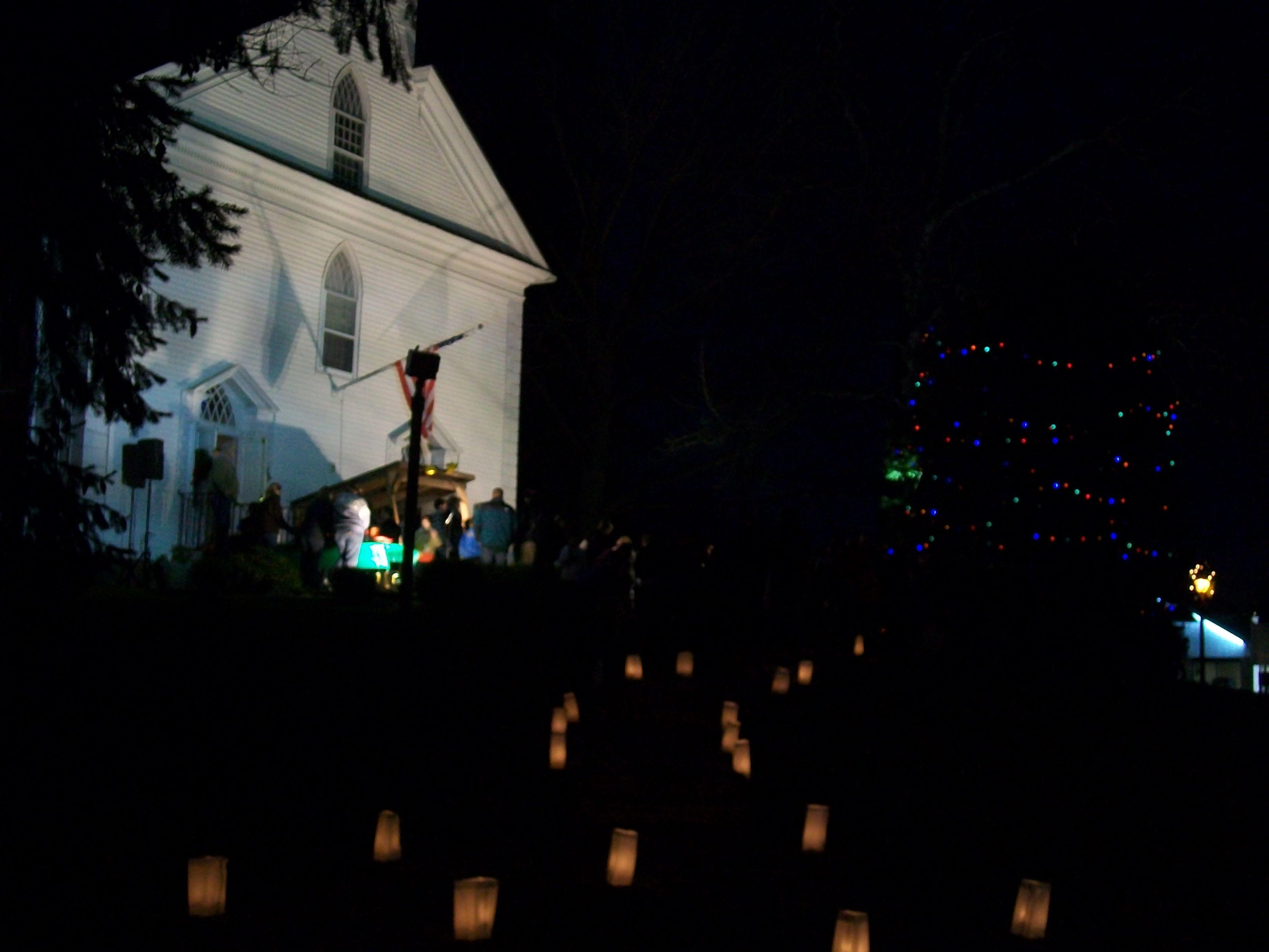 28d5c1fee414e09eed3a_candles_light_the_path_at_the_new_providence_presbyterian_church.jpg