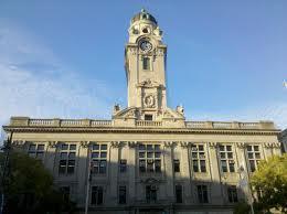 4249f632db16f1c4f2da_city_hall.jpg