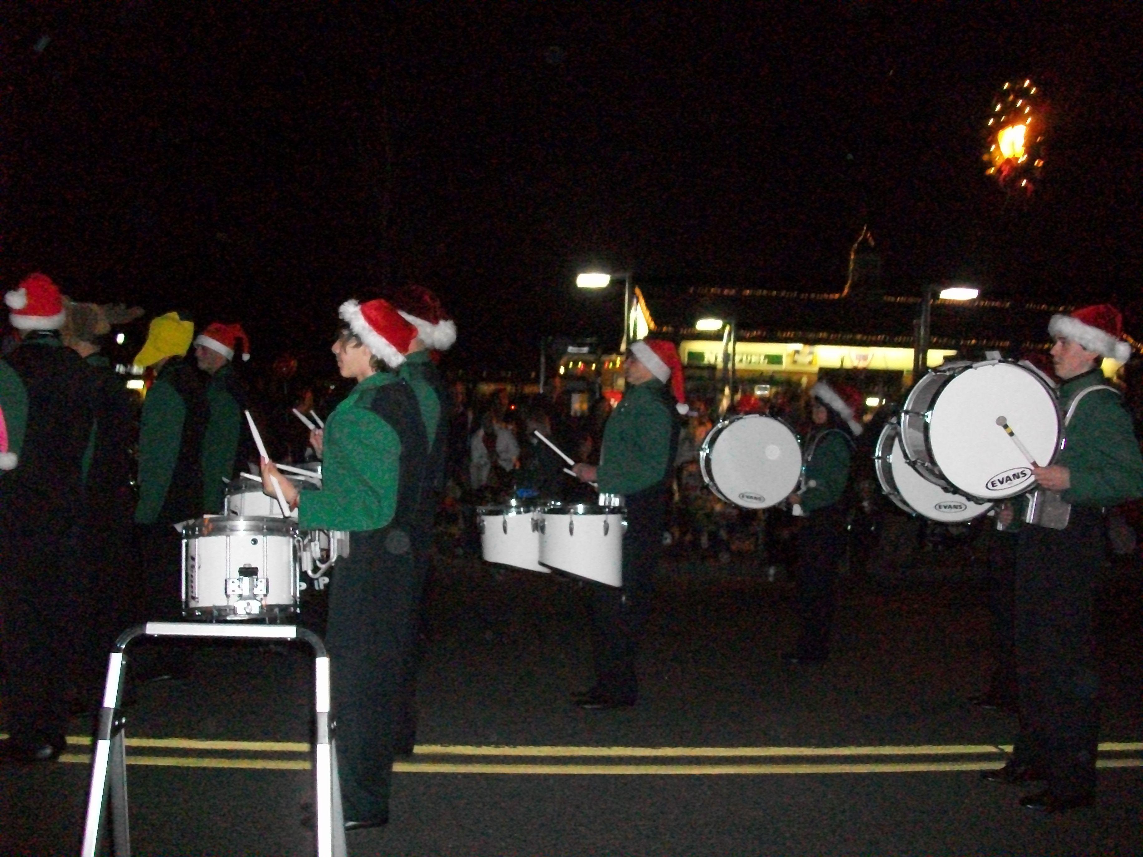 66ee569db87f465b59ea_nphs_pioneer_marching_band_welcomes_santa.jpg