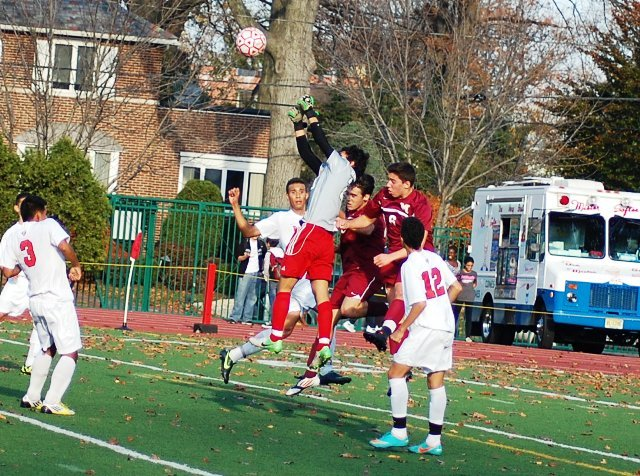 69f255e1d961a808b558_madison_at_cliffside_park_boys_soccer_11-12-12_036.jpg