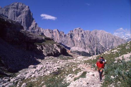 709a3dd1878cb723c4ed_trentino_summer_hiking.jpg