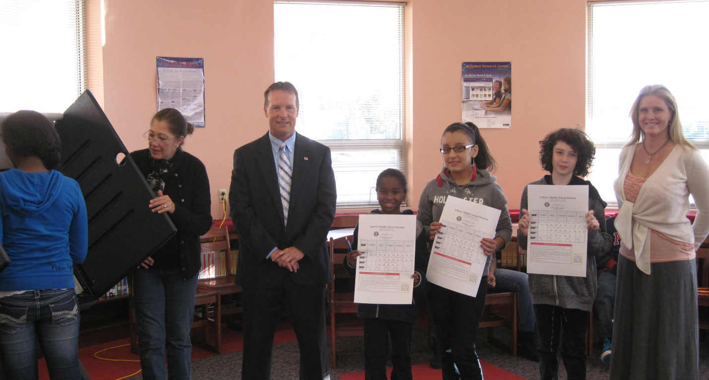 clerk chris durkin durkin provided liberty middle school with the