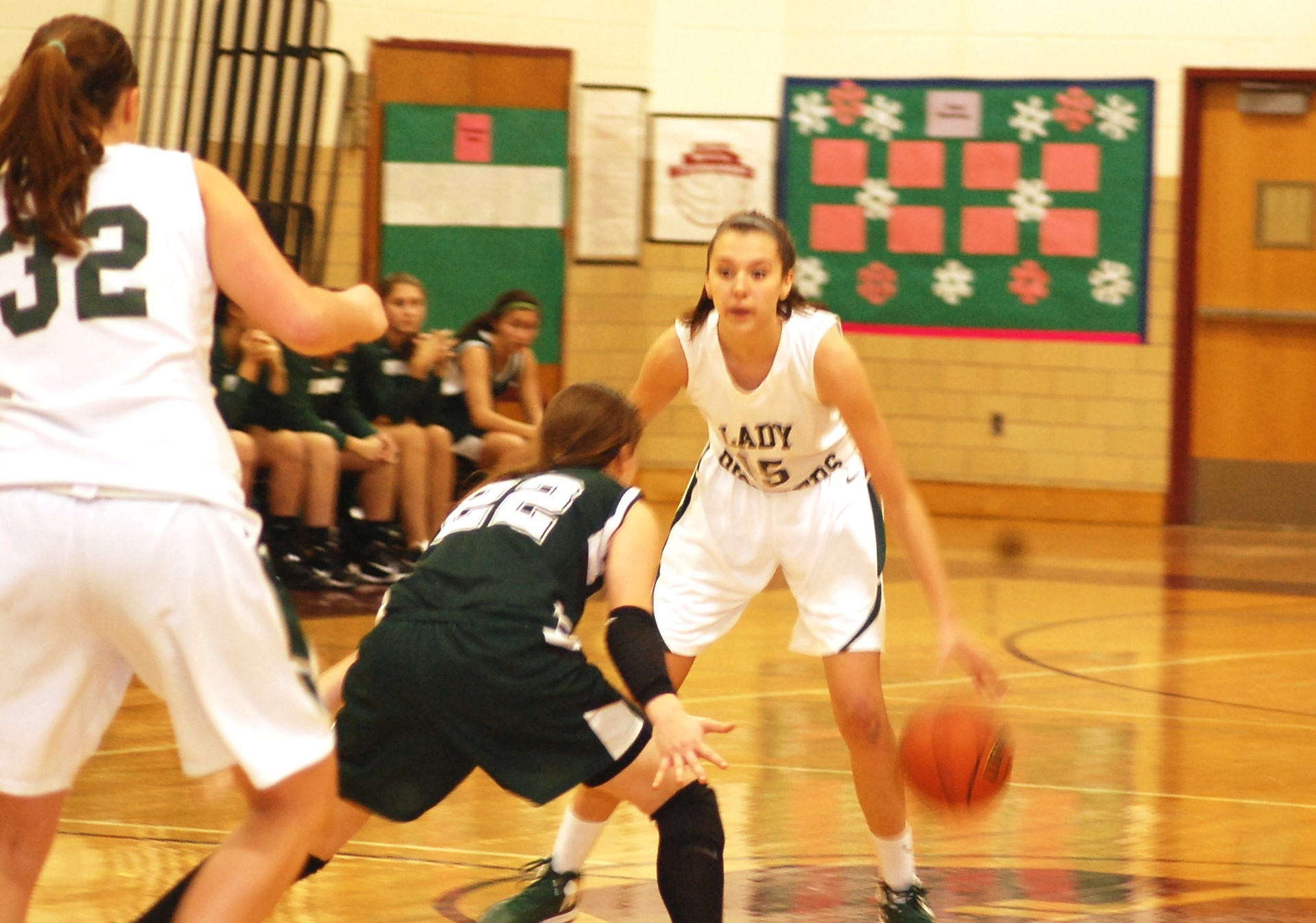81c31cfec0f82b3f3d1f_New_Providence_v_Livingston_girls_hoops_12-26__Trey_180.jpg