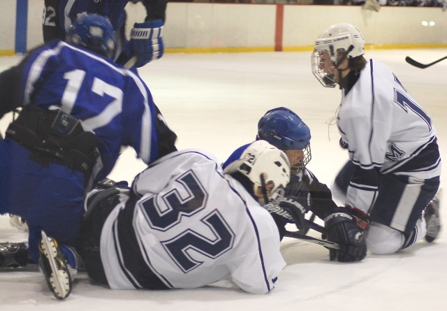 879a295395113eb2d773_chatham_scotch_plains_ice_hockey_1-21-12_042.jpg