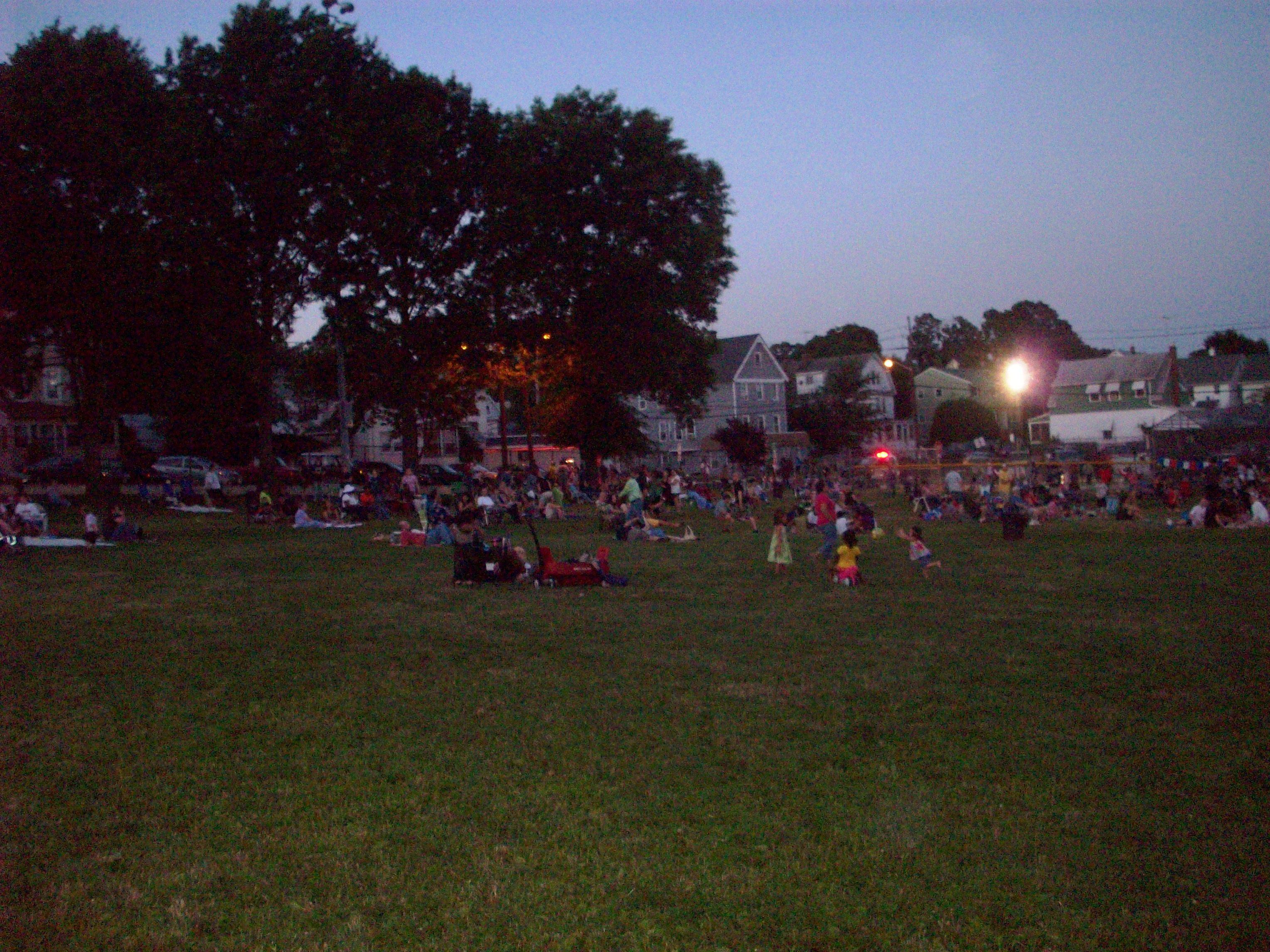 99d44e982c4fb2830f6a_crowds_enjoying_music_at_downtown_festival.jpg