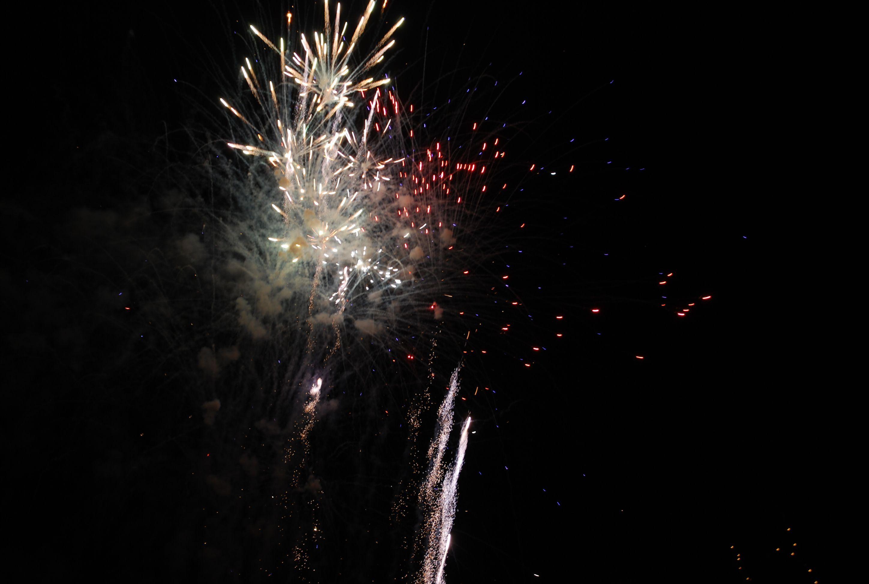a8e6dabc931c2e9dbec1_fireworks2.jpg