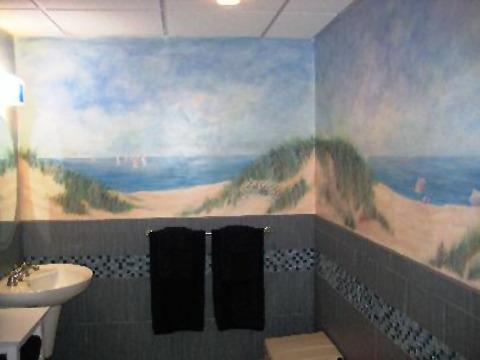 b2ef84a6f2e60f3b6200_liambathroom.jpg
