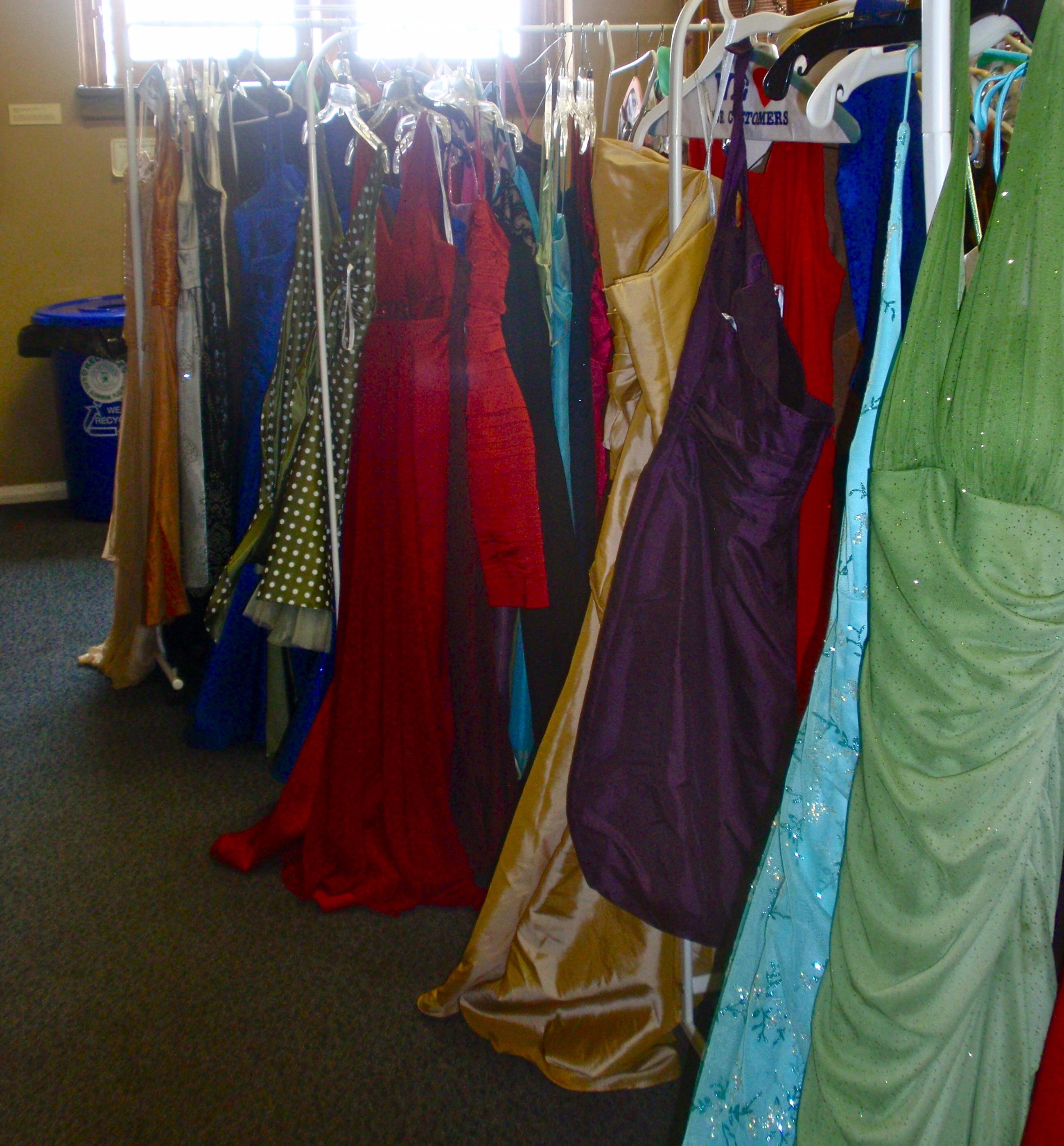 Get Prom Dresses Through
