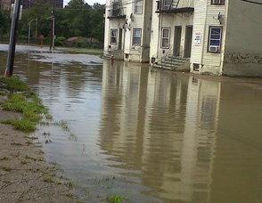 cc9594795355ca0f73b6_flood2.jpg
